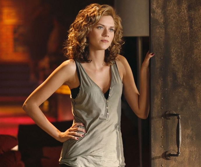 Hilarie as Peyton Sawyer in *One Tree Hill*.