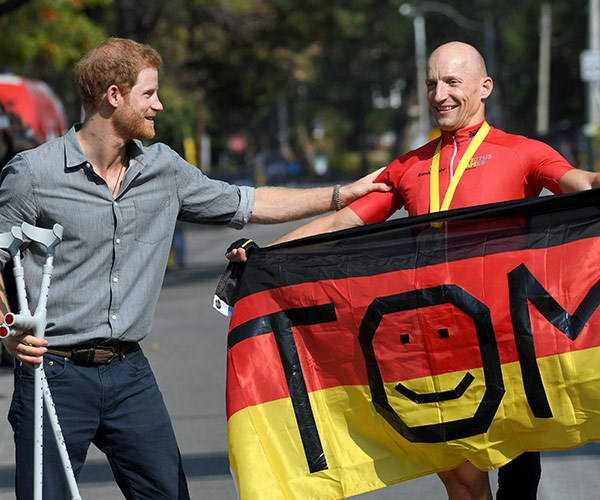 Prince Harry presented the medals for the cycling event.