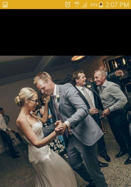 Jarrod's Bumble account shows him dancing with his sister.
