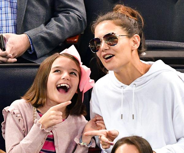 The mother-daughter duo were in great spirits as they watched the hockey game in New York.