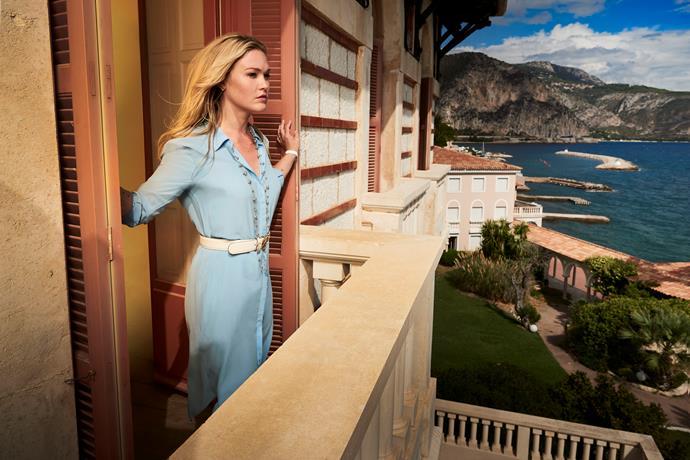 Julia on set in *Riviera*