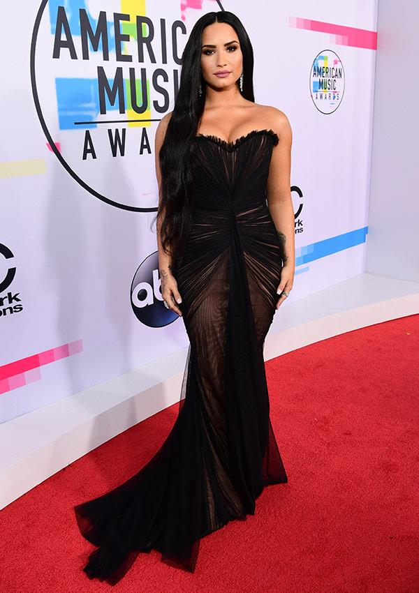 Wowsers! We bet Demi Lovato isn't sorry for looking this fab.