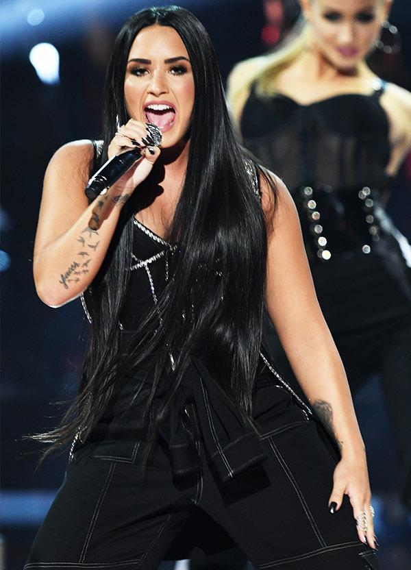 Demi Lovato performs her 2017 anthem *#SorryNotSorry*.