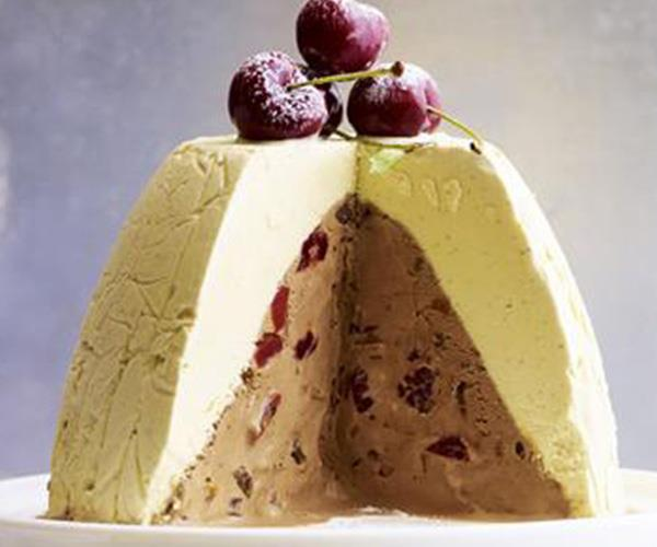 "**Frozen Christmas pudding** <br><br> This sweet and creamy Christmas pudding pairs two types of homemade ice-cream to create a delicious frozen dessert to serve during the festive season. You'll even get yummy chunks of dried fruit and dark chocolate with each bite. <br><br> [Find the recipe here](http://www.foodtolove.com.au/recipes/frozen-christmas-pudding-26064|target=""_blank"")."