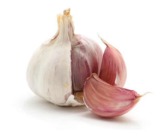 Garlic is known to be an amazing source of zinc.
