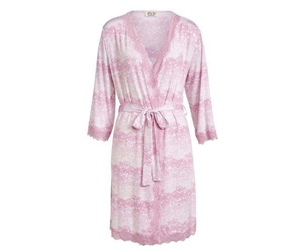 """For new mums, pajama time happens more often than usual. So, a beautiful robe that feels nice on (and she feels nice in) is a beautiful gift idea for those days when there's just no chance of getting dressed. [$99.95, Perter Alexander](https://www.peteralexander.com.au/shop/en/peteralexander/women/gowns/lacey-slinky-gown target=""""_blank"""" rel=""""nofollow"""")."""