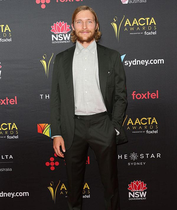 Best Lead Actor nominee Sean Keenan kept it classic in a blazer and trousers combo.