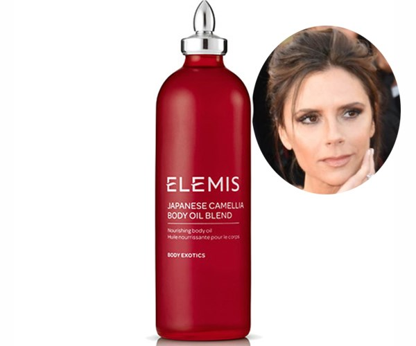 """Victoria Beckham was so thrilled with her secret weapon for battling stretchmarks, [Elemis' Japanese Camellia Oil Blend](https://www.adorebeauty.com.au/elemis-spathome-japanese-camellia-body-oil-blend.html