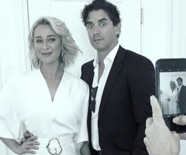 The*Offspring* stunner snaps a pic with hubby Vincent Fantauzzo.