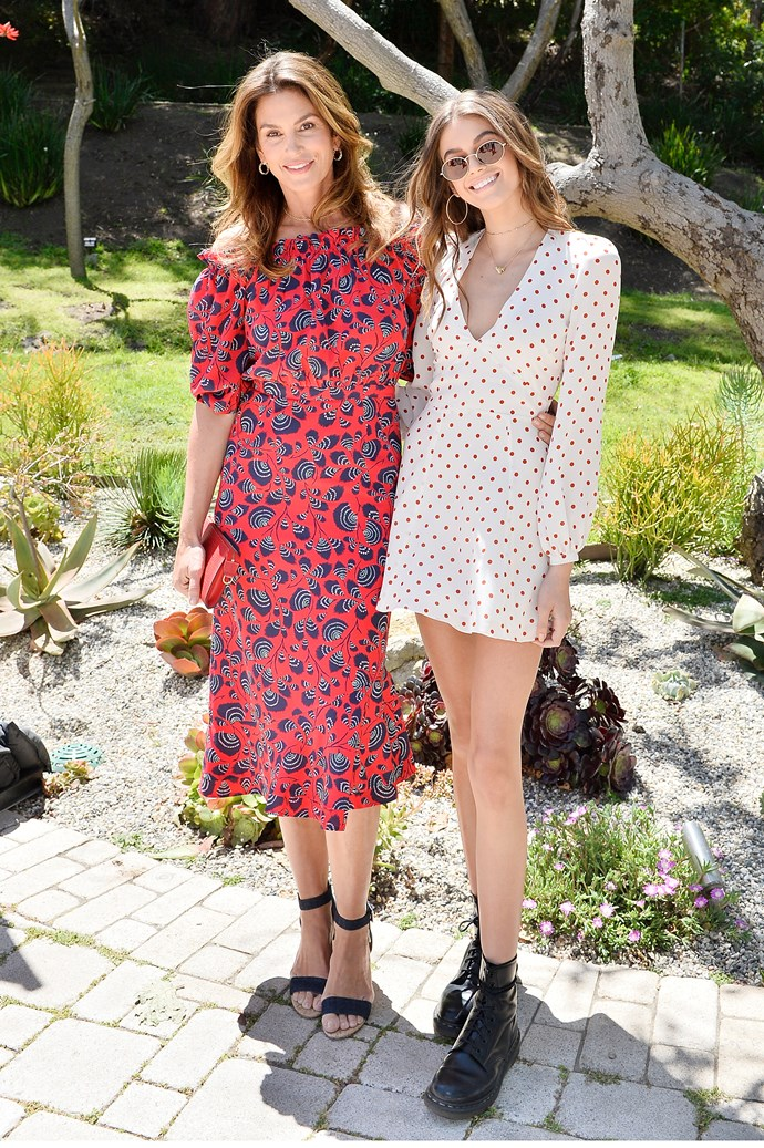 Cindy Crawford and daughter Kaia Gerber posing as the most dynamic mum-daughter duo.