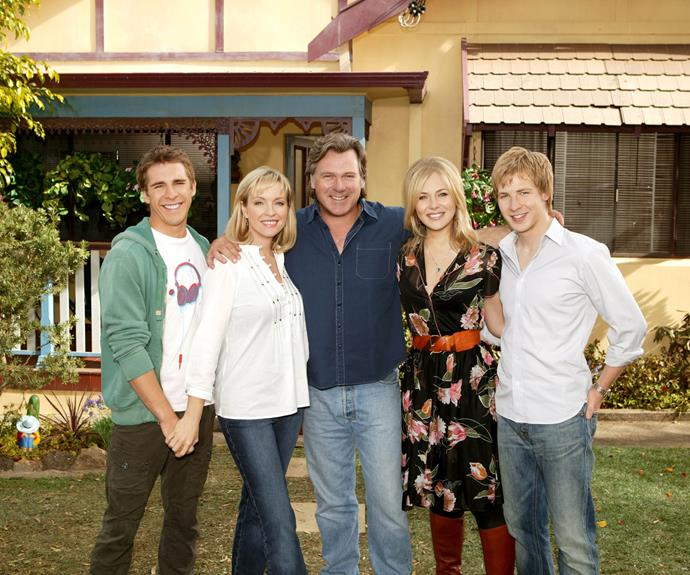 ***Packed To The Rafters* - 2008** On *Packed To The Rafters*, Australia's favourite TV family gave us many special moments, including Julie's (**Rebecca Gibney**) shock pregnancy, Ben (**Hugh Sheridan**) and Mel's (**Zoe Ventoura**) love story and, of course, Mel's devastating death. It left the Rafters clan shell-shocked. Over six seasons, Rafters won multiple Logies, including the award for Most Popular Drama Series four years running.