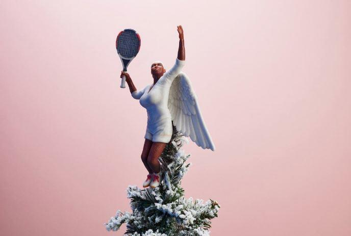 This Serena Williams tree topper from @SassBaller is perfect, right down to the last detail.