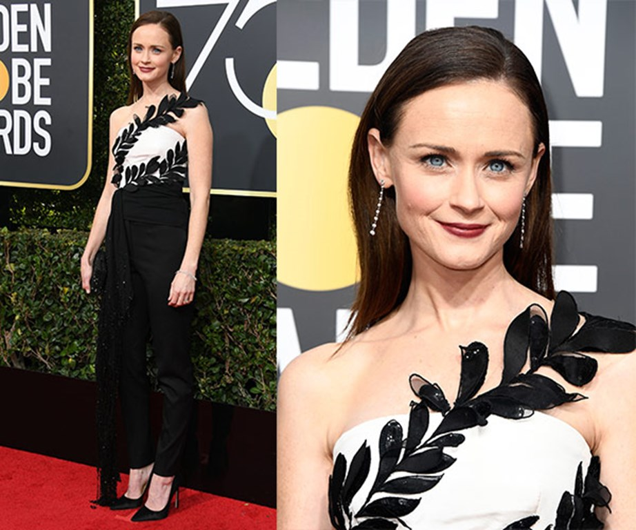 Alexis Bledel opts for a classic look in this jumpsuit.