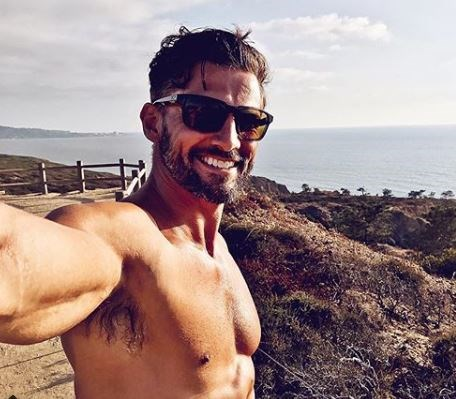 """**Tim Robards, 35 ,** ***The Bachelor S1*** With his rugged good looks and ripped abs, it's clear Tim loves a hard workout. But if you're not one for the gym or long runs on the beach, Tim says just get up and move. """"It's important to increase the 'active hours' in your day,"""" Tim says. """"These are hours that you aren't working out, but where you're basically moving and not on your bum."""" Sounds simple enough to us!"""