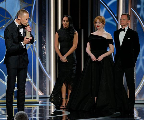 *Big Little Lie*'s Alexander Skarsgard plants a big fat kiss for his award for Best Performance by an Actor in a Supporting Role in a Series, Limited Series or Motion Picture Made for Television.