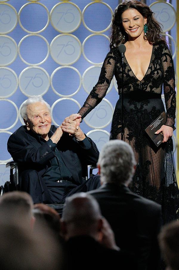 Catherine Zeta Jones with her Pappy, father-in-law Kirk Douglas