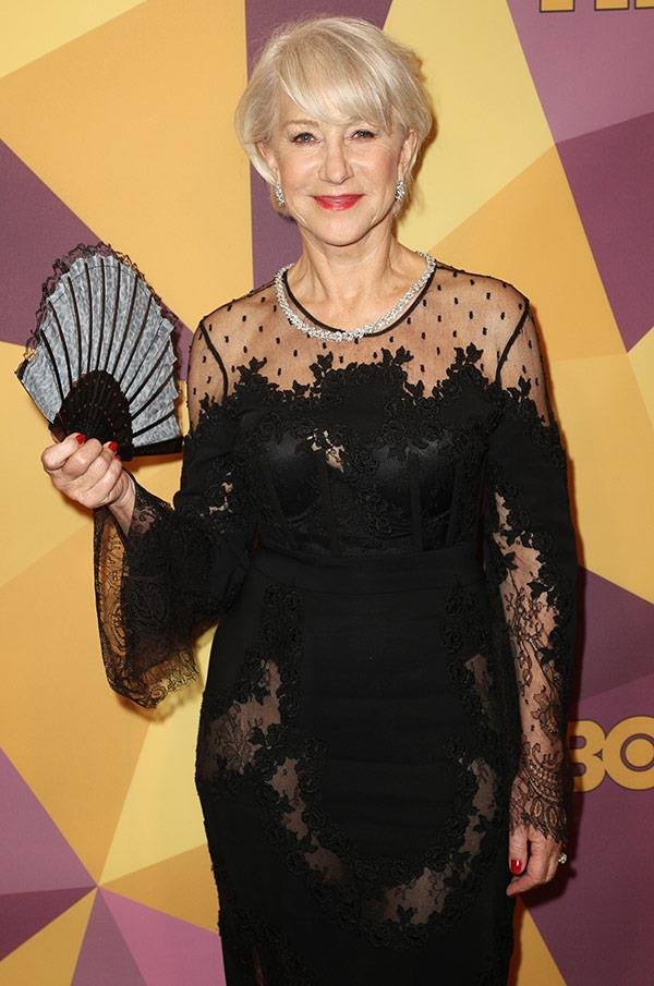 She knows how to accessorise! We're in love with Helen Mirren's fan.