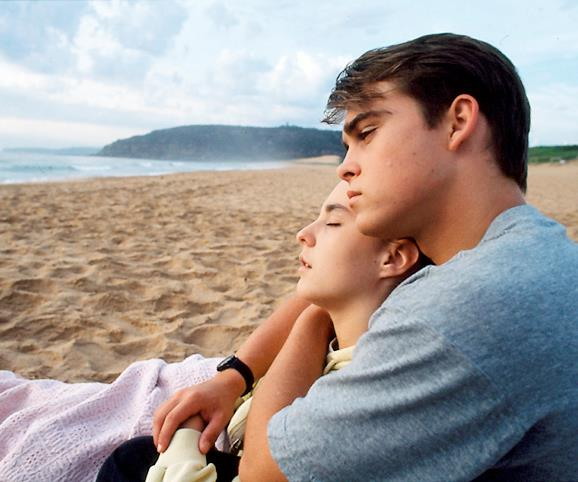 **Meg dies on the beach (1992) **  When Meg (Cathy Godbold) arrives in the Bay, she starts dating local heart-throb Blake (Les Hill). She soon reveals she is dying from leukaemia and has only months to live. But this doesn't deter Blake, who can't help but fall in love with Meg. The teenager's final moments are spent on the beach in Blake's arms as the sun rises.