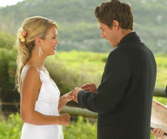**Noah and Hayley's wedding (2004) **  When Hayley (Bec Hewitt) walks down the aisle to marry Noah (Beau Brady), she is not alone. Her dead father Ken (Anthony Phelan) shows up to give his little girl away. Once Hayley and her ghost dad reach Noah, the couple share emotional vows. They then make the day even more special by allowing Kirsty (Christie Hayes) and Kane (Sam Atwell) to share their reception.