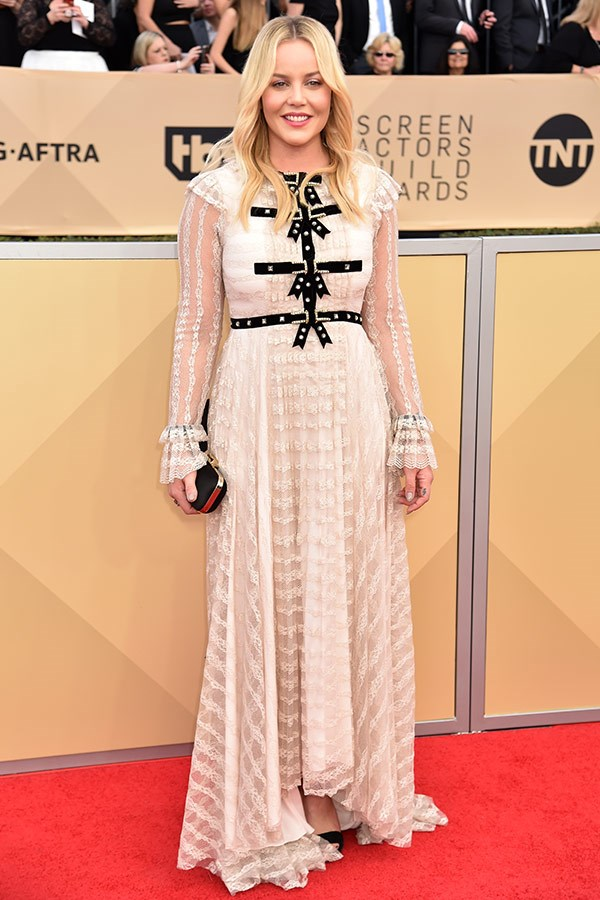 Aussie Abbie Cornish is a dream in this blush, long-sleeved frock.