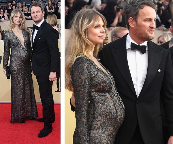 Aussie Jason Clarke (R) and his pregnant partner Cecile Breccia.