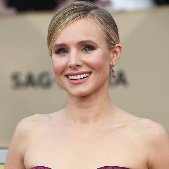 A simple parted-bun was all Kristen Bell's soft, rose-hued make-up needed.