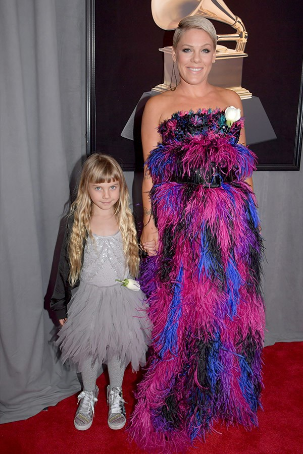 We just adore when Pink brings her little muse Willow to red carpet events!