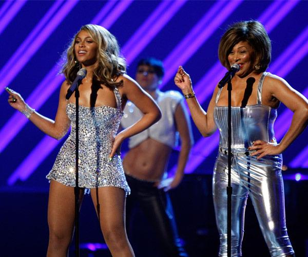 The duo performed on the Grammys stage 10 years ago!