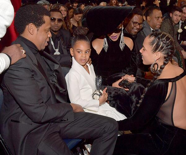 Alicia Keys catches up with her pal, Blue Ivy.