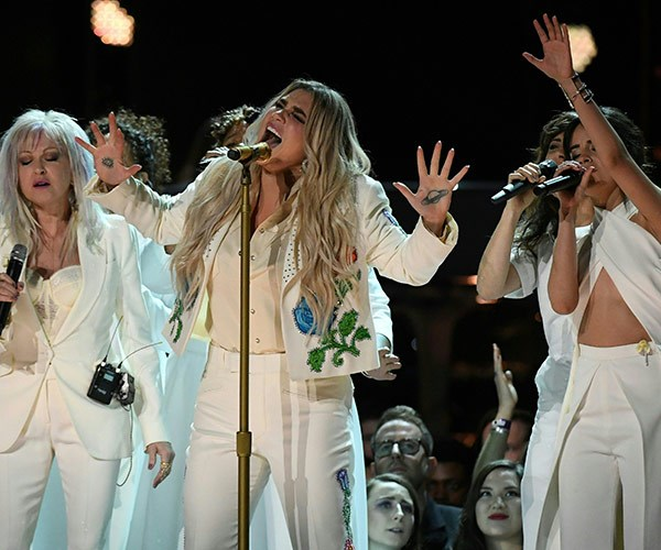 Kesha brought the house down with her awe-inspiring vocals.