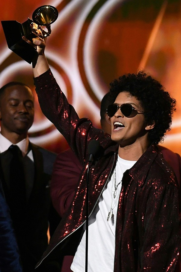 Bruno Mars takes home song of the year for *That's What I Like!*.
