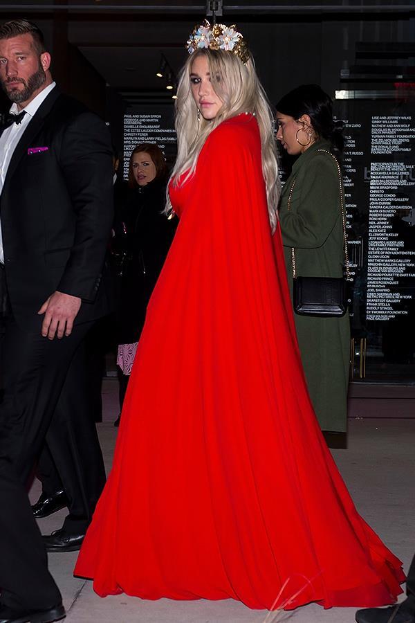The party don't start til Queen Kesha walks in!