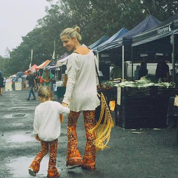 Elsa and her boho-babe India step out to the Byron Bay Farmer's Markets in matching outfits.
