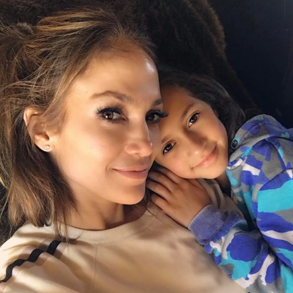 "Jennifer Lopez has some powerful words to pass onto her mini-me daughter, nine-year-old Emme. During a visit to Puerto Rico last month the *Jenny From The Block* singer wore black in support of the #MeToo campaign. In recent times the mum-of-two has [publicly condemned](http://people.com/chica/jennifer-lopez-talks-me-too-movement/|target=""_blank""