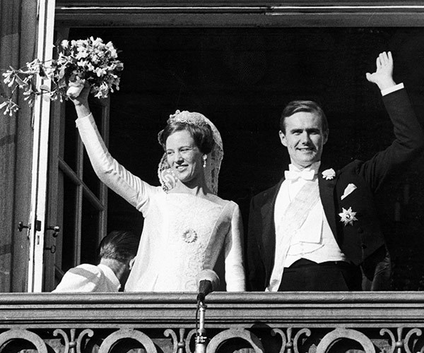 After meeting in London, the couple wed in 1967.