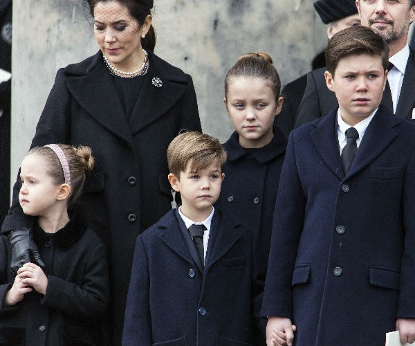 "Princess Mary's children looked particularly upset as they said an emotional goodbye to their ""Farfar."""