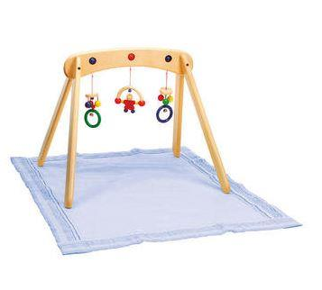 "[Musina wooden baby gym, $132.00.](https://www.honeybeetoys.com.au/baby/wooden-baby-toys-and-books/selecta-musina-wooden-baby-gym/|target=""_blank""