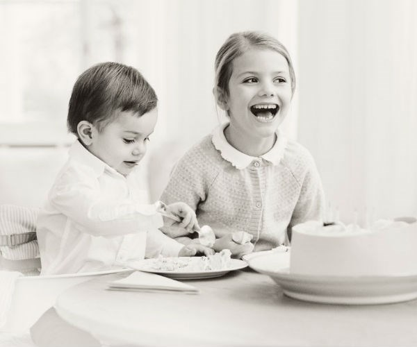 The princess shares a slice with her younger brother, Prince Oscar, who turns two in March.