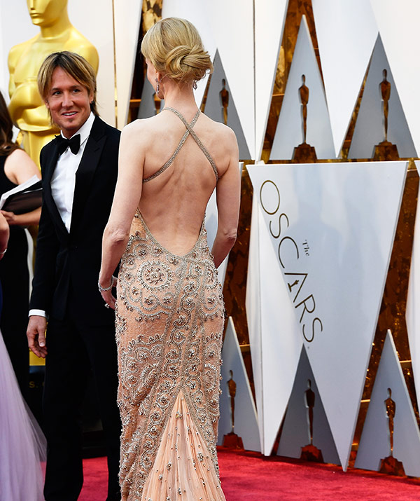 The Worst Oscars Wardrobe Malfunctions Through The Ages