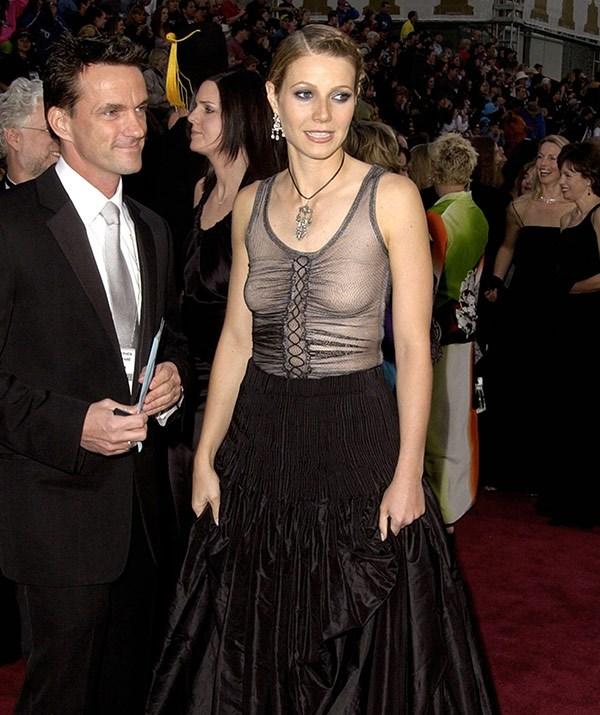"""I still love the dress itself but I should have worn a bra."""