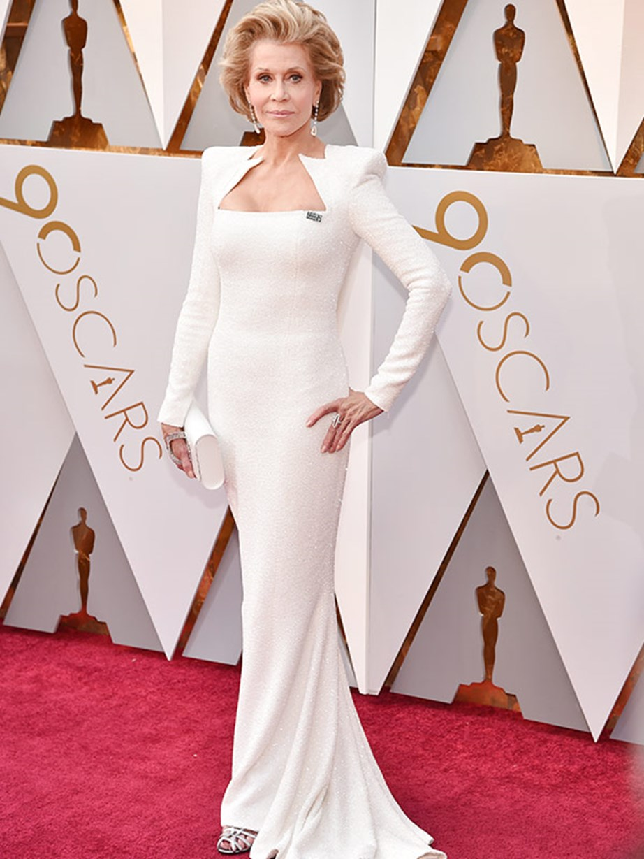 Living legend Jane Fonda knows how to make an entrance. The 80-year-old looks absolutely flawless in a figure-hugging white dress and a #TimesUp badge.