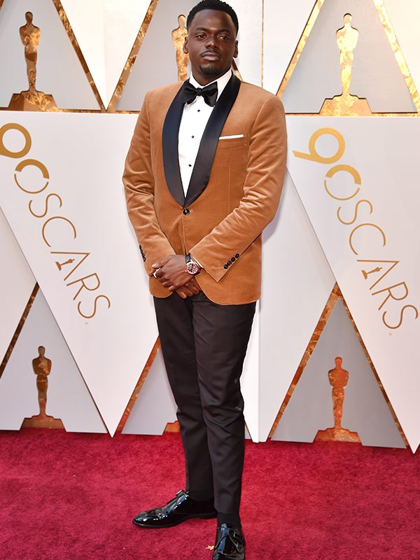 Best Actor nominee Daniel Kaluuya puts a modern twist on this mustard-coloured blazer.