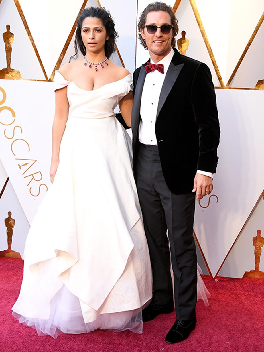Matthew McConaughey and his wife Camila Alves bring the cute to the red carpet.