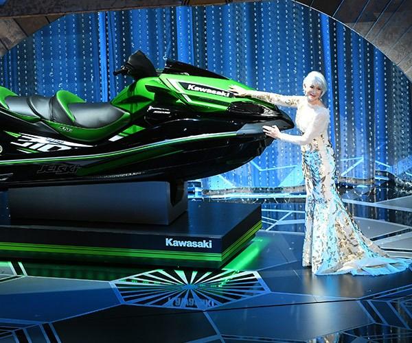 Helen Mirren shows off the jet ski Jimmy Kimmel is offering the celeb who makes the shortest Oscars' speech.