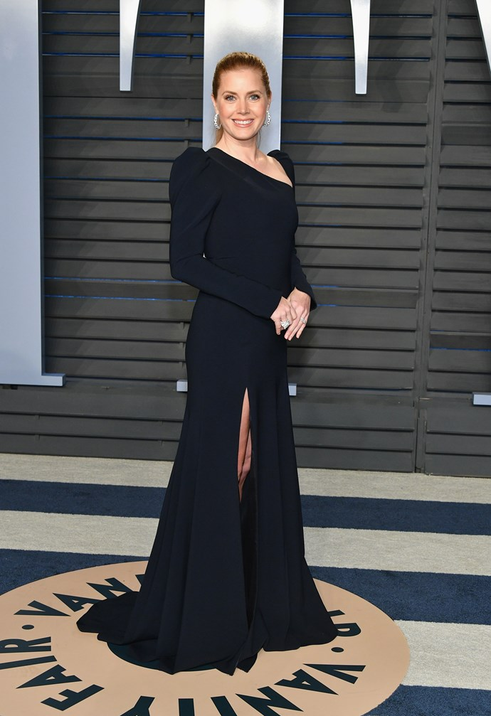 Amy Adams is a vision in black at the Vanity Fair Oscar Party