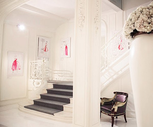 Kerrie's exhibition at Le Meurice