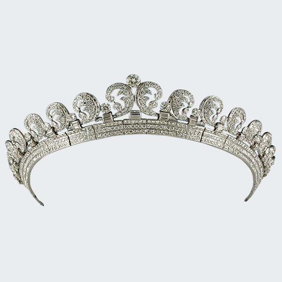 The Queen's father – then Duke of York – commissioned the stunning tiara from Cartier in 1936 for his wife.