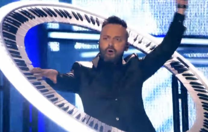 In 2014, Romania's Ovi got crafty with his piano, crossing it with what looked like an oversized hula hoop.