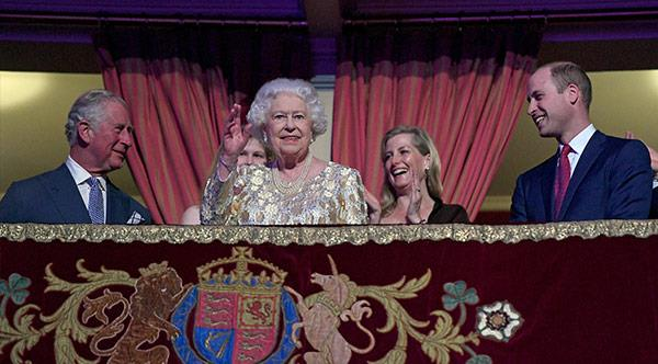 All hail the Queen!