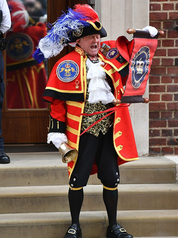 Just like with George and Charlotte, a town crier proudly announced the arrival of a new royal.